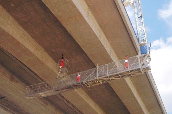 Escalera-inspeccion-puentes